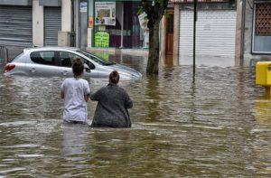 Φονικές πλημμύρες